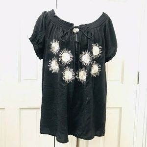 Siren Lily Embroidered Blouse